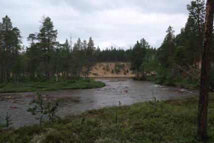 Saavumme Muorravaarakanjoen ja Suomujoen risteyskohtaan...