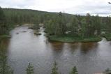 Kävellään tois puolen jokea takaisin...